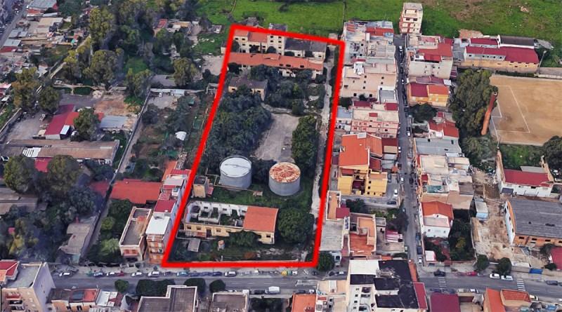 Area abbandonata ex fabbrica di lievito di birra all'Arenella