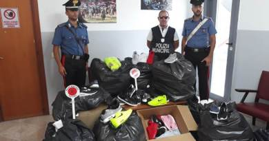 Palermo, sequestrati 290 articoli contraffati in piazza a Sferracavallo