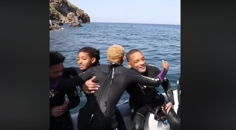 Le isole Eolie ogni estate sono meta turistica per tantissimi vip. Quest'anno è toccato all'attore Will Smith, insieme alla moglie Jada Pinkett-Smith e ai figli Trey, Jaden e Willow