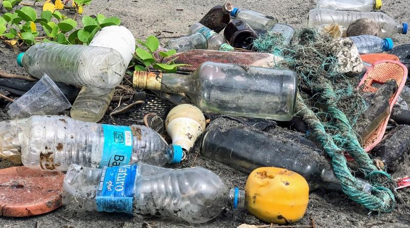 inquinamento rifiuti plastica raccolta differenziata