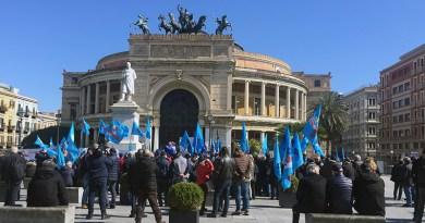 Manidestazione Uilpa piazza Politeama, Palermo