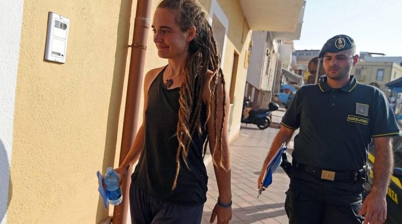 Carola Rackete Seawatch