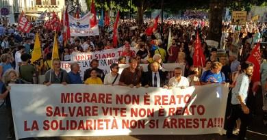 Manifestazione a Palermo di solidarietà Sea Watch