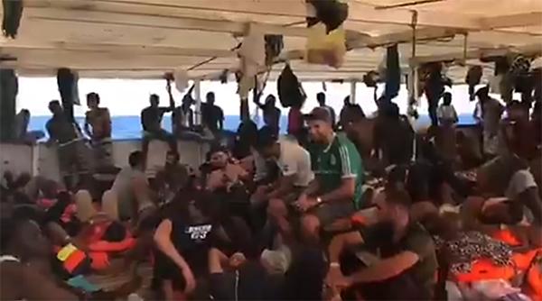 open arms, migranti