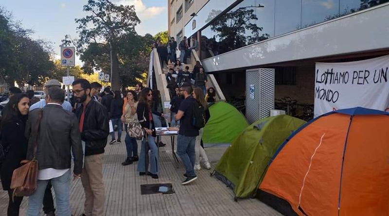 manifestazione studenti Unipa diritto allo studio