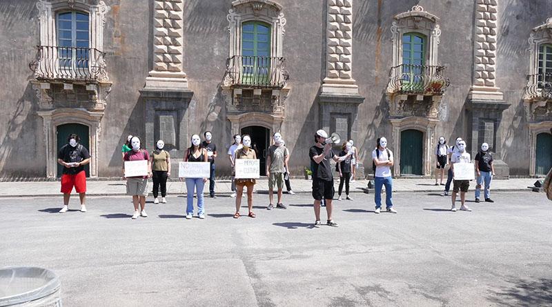 flashmob Benedettini No G20 Catania