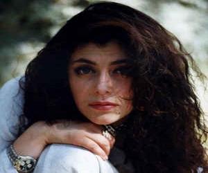 Aversa: al via la XVI edizione del Premio Bianca d'Aponte dedicato al cantautorato femminile