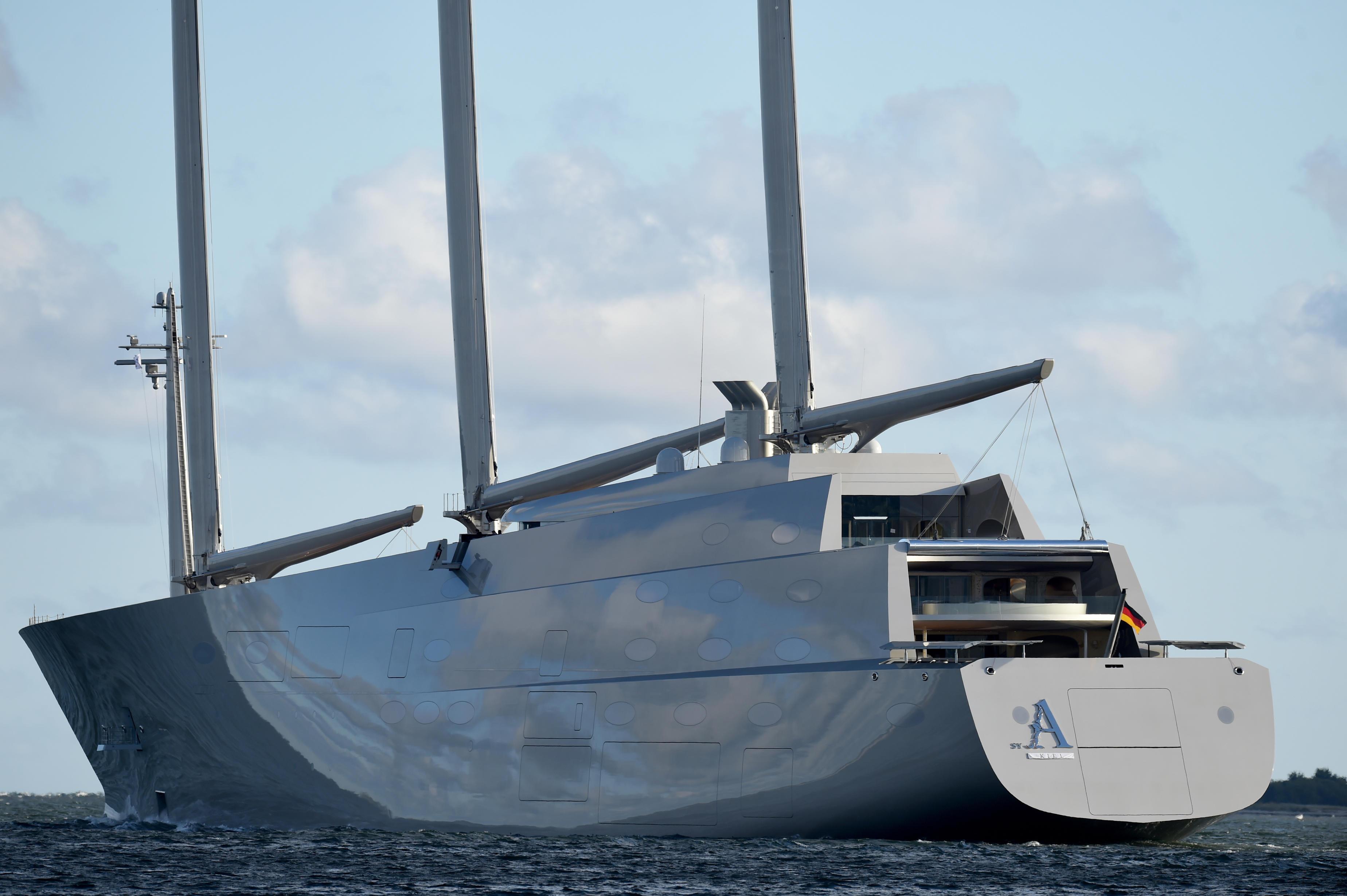 Sequestrato Lo Yacht Pi Grande Del Mondo