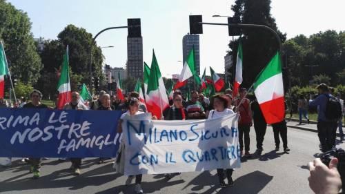 Milano, corteo contro l'accoglienza 4