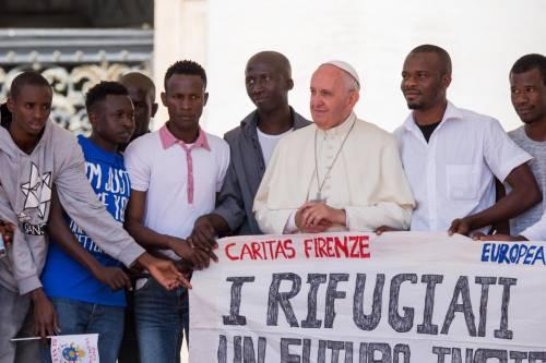 Risultati immagini per immigrazione papa francesco