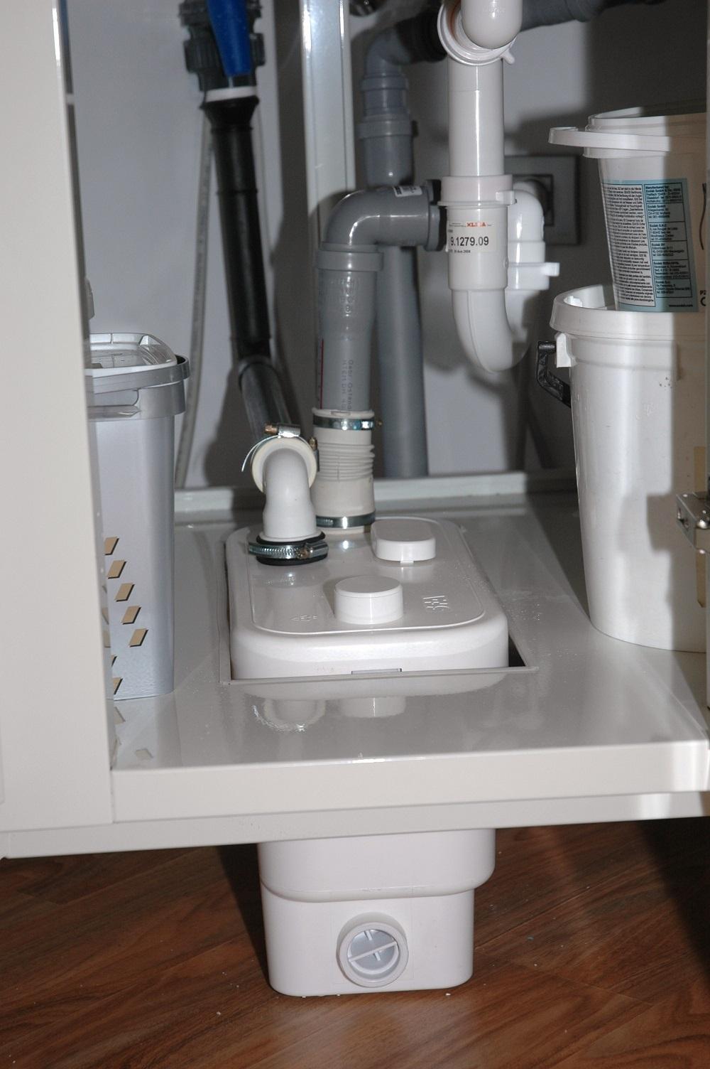 Soluzioni di scarico per il piano interrato gt il - Scarico lavello cucina ...