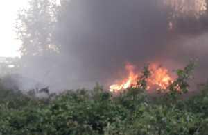 Mega incendio a via Sant'Arcangelo, nei pressi dell'ex Eurowaste