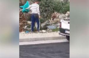 Filmato mentre scarica abusivamente rifiuti, il video diventa virale