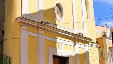 Photo of Via Cavour, una strada dove regna incuria e sporcizia