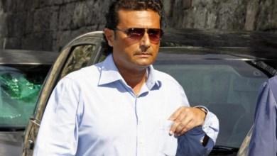 Photo of Schettino ad Ischia per l'ultimo saluto a Rosario Ferrandino