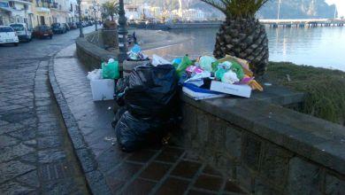 Photo of Affogare nei rifiuti: ecco il Natale di Lacco Ameno