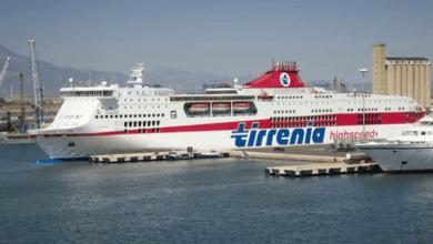 Photo of Paura sul traghetto a Cagliari: incidente a bordo, ferito marittimo procidano