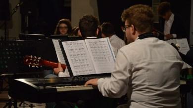Photo of Scuola Music Lab, il palco del Cinema diventa un'orchestra