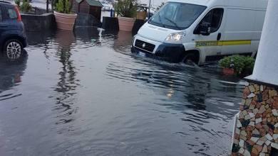 """Photo of Arriva un pò di pioggia, Ischia diventa una """"piscina"""""""