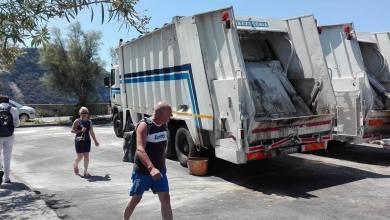 """Photo of Camion NU sul lungomare, la """"rivolta"""" degli albergatori"""