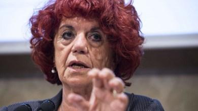 Photo of Affaire Fedeli, Conti difende il ministro: «È un peccato veniale»