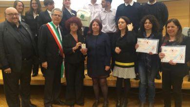 Photo of Quando la neo ministra premiò gli studenti del Mennella