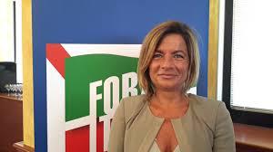 Photo of Maria Grazia Di Scala: «A Barano s'impone la firma degli atti prelevati, poi avvertono i titolari»