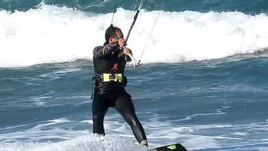 Photo of Che spettacolo: il kitesurfing è di scena alla Chiaia