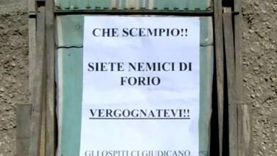 Photo of Via Cesare Piro contro gli incivili: «Siete nemici di Forio»