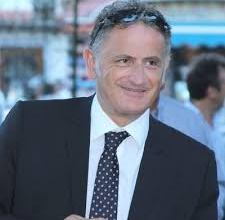 Photo of Giosi alza la posta: vuole due assessori e la divisione delle partecipate