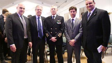 Photo of Capitaneria, l'ammiraglio Giovanni Pettorino incontra gli studenti delle scuole e le istituzioni isolane