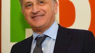 """Photo of Giosi: """"Enzo qua la mano, scurdammece o' passato"""""""