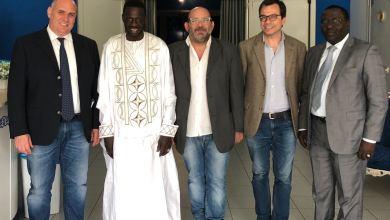 """Photo of ll console senegalese a Napoli Idrissa Sène al Poli per assistere a """"Rosso, il colore della speranza"""""""