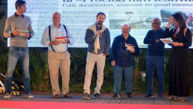 Photo of Integrazione, camorra, cyberbullismo, memoria, guerra: i grandi temi del Procida Film Festival 2018