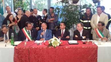 Photo of Di Maio al consiglio di Casamicciola: Con i fatti saremo vicini ai terremotati