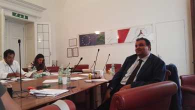 """Photo of Battaglia """"Capitale"""" per il decreto Ischia, nove ore di riunione"""