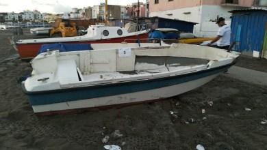 Photo of Spiaggia dei Pescatori, rimosse le barche abbandonate sull'arenile