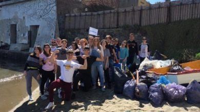 Photo of Da Ischia contro la plastica grazie ai giovani di Plasticless