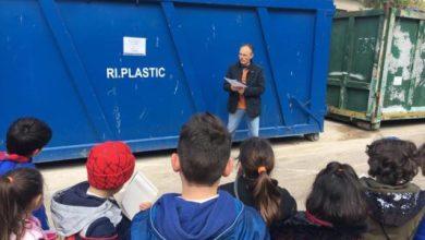 Photo of S.O.S. PIANETA TERRA, i bimbi di Fontana in visita al centro di raccolta rifiuti