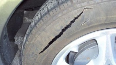 Photo of Le squarciano due pneumatici, lo sfogo è virale