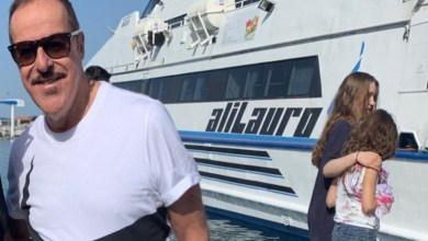 Photo of Vip in vacanza, anche Massimo Lopez a Ischia