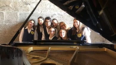 Photo of Le studentesse dell' IC 'Ibsen' di Casamicciola  all'happening musicale Piano City Napoli