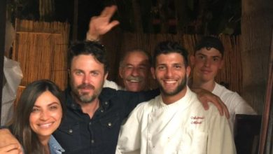 Photo of Vacanze a Ischia per il premio Oscar Casey Affleck