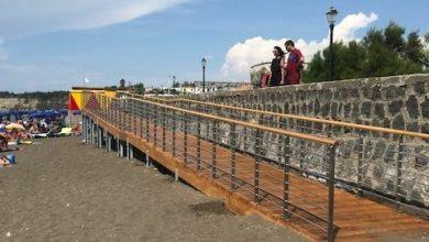 Photo of Realizzato lo scivolo per disabili per accedere alla spiaggia libera di Chiaiolella