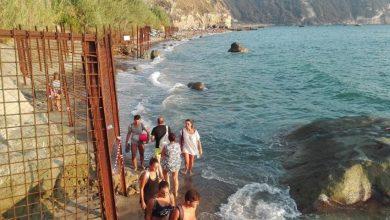 Photo of Spiaggia di Cava,  tornano le recinzioni