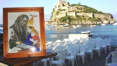 """Photo of Questa sera la festa a mare agli scogli di sant'anna nel ricordo di funiciello con la sua barca simbolo, """"la gloria di sant'anna"""""""