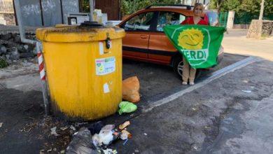 Photo of ISCHIA La protesta dei Verdi: «Quanta immondizia nei parcheggi»