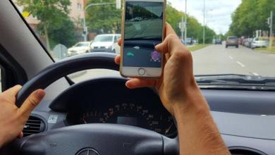 """Photo of Alla guida usando il cellulare, l'isola """"patria"""" della pessima abitudine"""