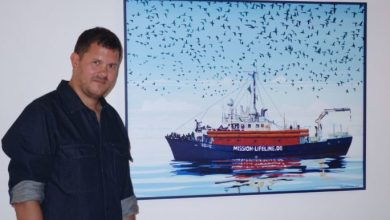 "Photo of ""Saving lives is not a crime""  la tragedia dei migranti in mostra  alla Galleria Eloart di Forio"