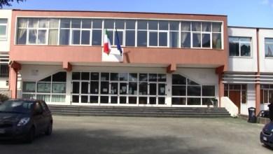 Photo of Liceo, fumata bianca: ora è ufficiale, Scienze Umane si sposta alle Medie